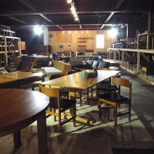 〈記事掲載のお知らせ〉北欧ヴィンテージ家具店『モト ファニチャー』さんを取材してきました