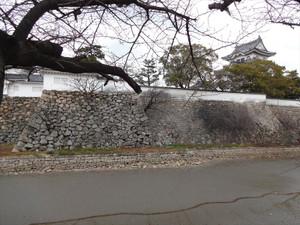 岸和田城と明石海峡大橋
