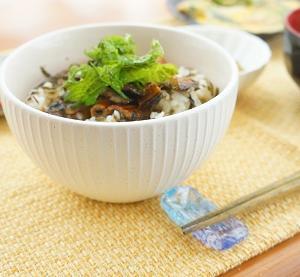 玉露園「減塩こんぶ茶」を使ってひつまぶしとまごわやさしい定食