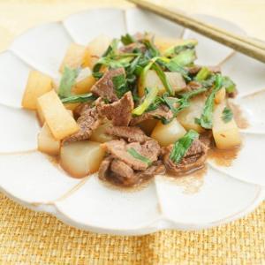 初ジビエ料理にチャレンジ!知床産エゾシカ肉とこんにゃくとにらのピリ辛醤油炒め