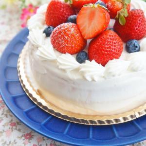グルテンフリー♪いちごとブルーベリーのデコレーションケーキ
