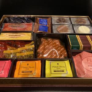 【ふるさと納税】ロイズチョコレート、ホタテ大玉、米20㎏.が到着。