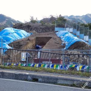 ヒエ塚古墳発掘調査現地の様子