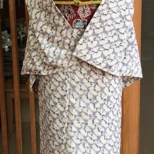 【単衣】ねず地絞り繋ぎ文紬と臙脂色地花文なごや帯