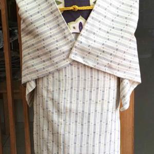 【単衣】白地絣格子文紬と紫地アラベスク文なごや帯