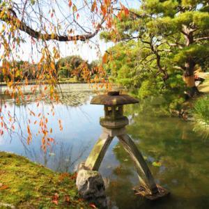 衆楽園(旧津山藩別邸庭園)清涼軒 琴柱灯篭