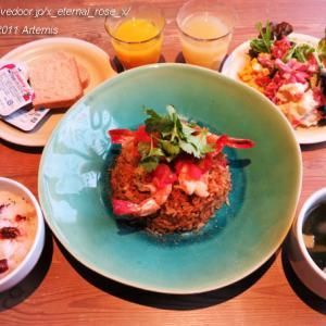 新オープン Molly's The Craft Kitchen(モリーズ ザ クラフト キッチン)変なホテル 京都八条口駅前