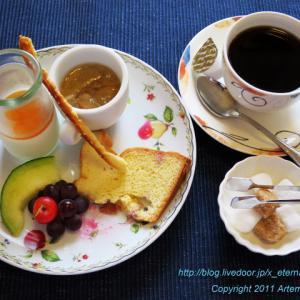 西洋料理 BIZENYA(ビゼンヤ) プチデザート盛り合わせ もうすぐ3周年記念限定オムライス アンド ハンバーグ発売 17