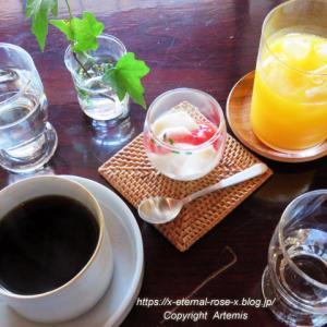 発酵cafe めぐり めぐりランチ 苺の豆乳パンナコッタ 牛窓Cassino(カッシーノ)蒸留所