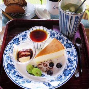 カフェ 掬 musubi(むすび)隠れ家カフェで3種のデザートセット
