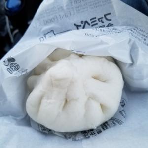 和歌山県有田川町のファミリーマートで豚塩カルビまん食べました