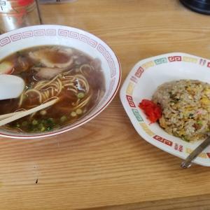 和歌山県の和歌山市にあるまるやまというラーメン屋さんでランチ食べました