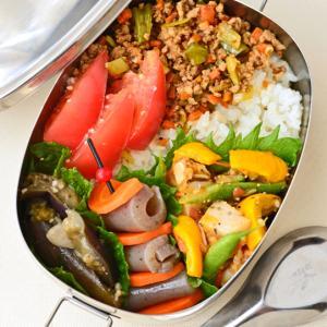 8月11日 火曜日 帆立と夏野菜のグリルトマトソース