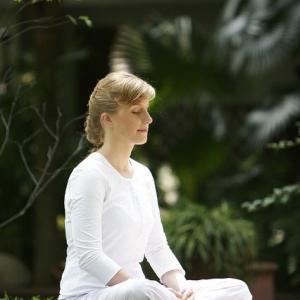 心から元気になるために 瞑想会とカードリーディング