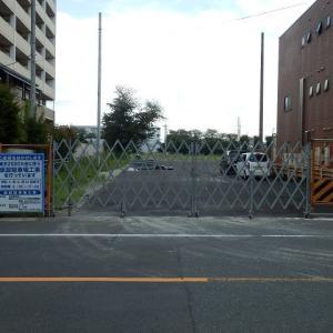 駐車場やはり使わず早や撤去(地方庁舎跡・五輪仮設駐車場)