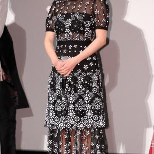 広末涼子さん着用「セルフポートレート」スパンコール花柄ドレス