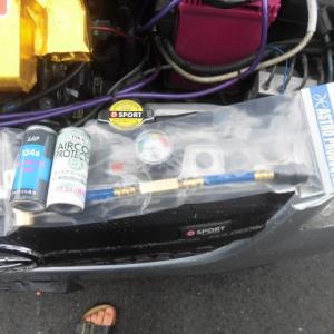 L275Vミラバンのエアコンにエアコンオイルと添加剤を注入しました。
