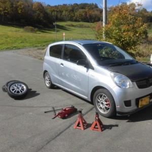 L275Vミラバンのタイヤをスタッドレスタイヤに交換しました。