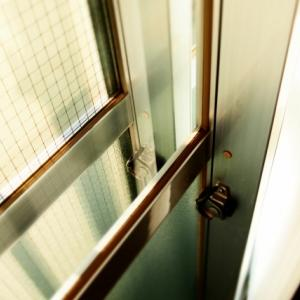 内窓の取り付けにおけるクレセント問題発生