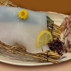 お造りとお寿司 ~魚輝水産の料理は船に乗ってやって来る~
