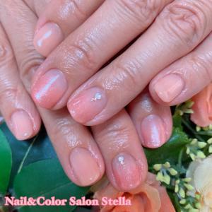 やさしい色合いに癒されます♡2色のピンクベージュな春ネイル☆ジェル