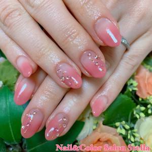 桜の季節はピンクが似合います♡一番人気♪フェミニンピンクグラデーションネイル☆ジェル