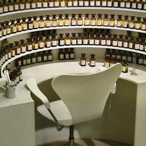 【 パリの香水博物館「Fragonard(フラゴナール) 】