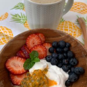家庭菜園のフルーツをモゴル