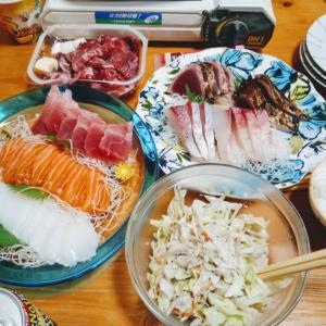 やっと揃っての晩ご飯は刺身とステーキ肉^^*