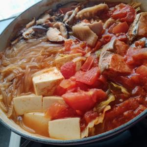 つまずいた〜^^;とトマト鍋
