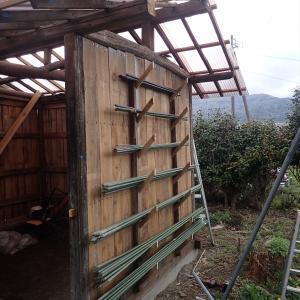 物置小屋・いぼ竹の収納を作る(2021年4月18日)