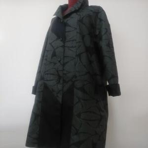 大島紬の着物・大島黒泥染め組み合わせコート