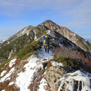 南アルプス、初冬の聖岳東尾根