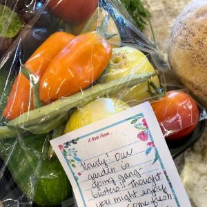 Veggies & fruit from our neighbor 〜ご近所さんからのお野菜&果物〜