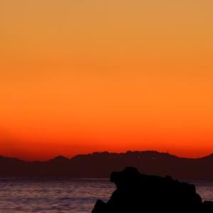相模湾ピーカンの日ノ出。
