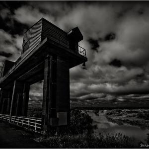 Sluice Gate...