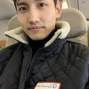 【画像】changmin88IG チャンミン機内から?! 風邪に気をつけて~