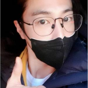 【画像】yunho2154IG ユノ 受験生への労いのメッセージ&オールバックショット