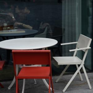 パリのカフェ ♪