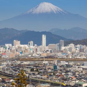 ドクターイエローと富士山
