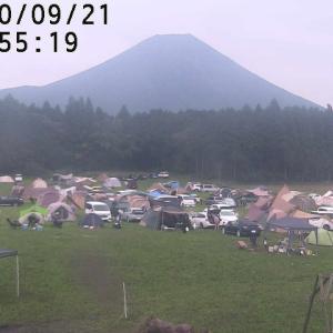晴れた連休後半のキャンプは場所選びも移動もさすがに大変だった(笑)