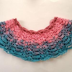 かぎ針で編むカラフルケープ2
