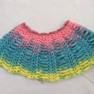 かぎ針で編むカラフルケープ4