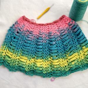 かぎ針で編むカラフルケープ5