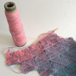ドミノ編みのマフラー1