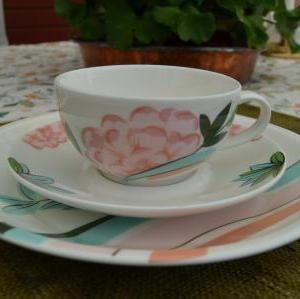 3.Arabia Domino ピンクのお花のティーカップC&S、 デザートプレート