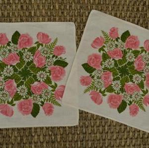 15.Frösö ピンクのバラとヒナギクのミニクロス