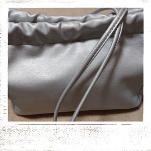 巾着型のショルダーバック☆値下げ中だよ🎵