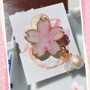 桜も咲いてきたし髪飾りも桜で~♪
