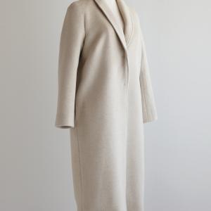 冬の新作コートをご紹介します♩